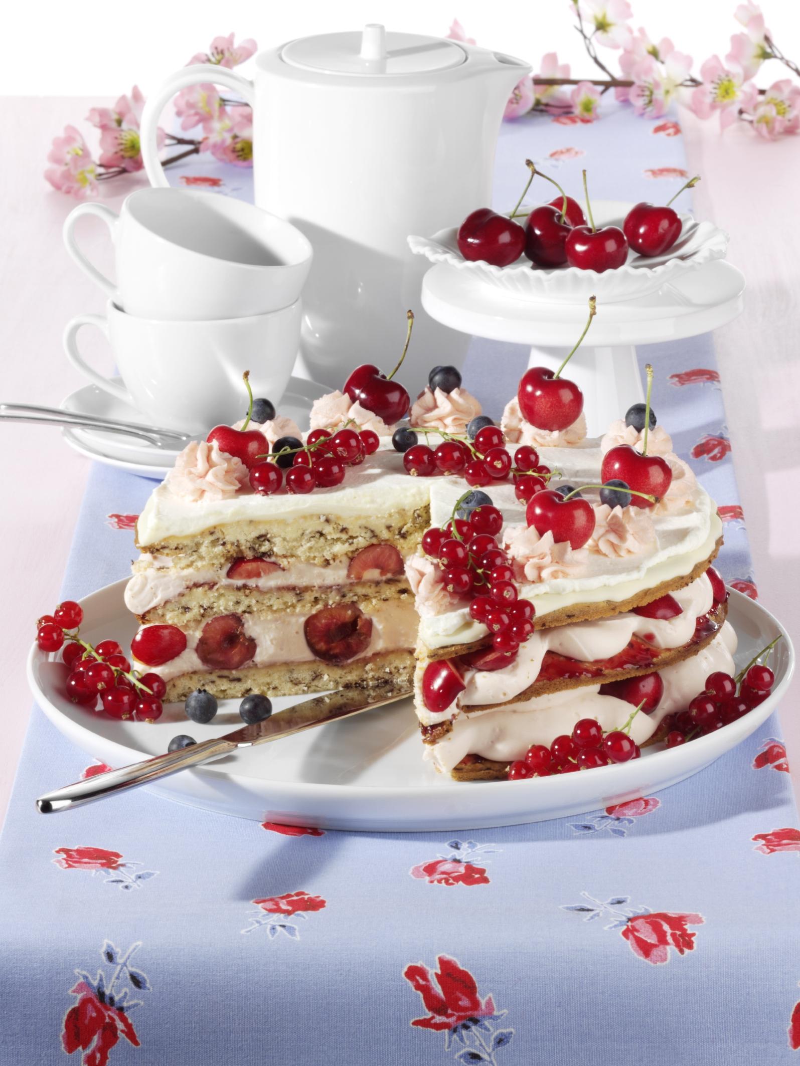 Aurora Sauerkirsch-Torte