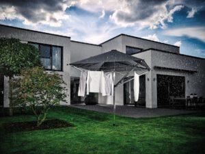 Leifheits erste Wäschespinne mit Dach – frische Wäsche bei jedem Wetter