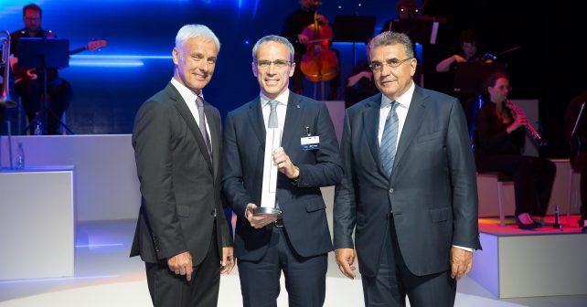 Award für Bridgestone