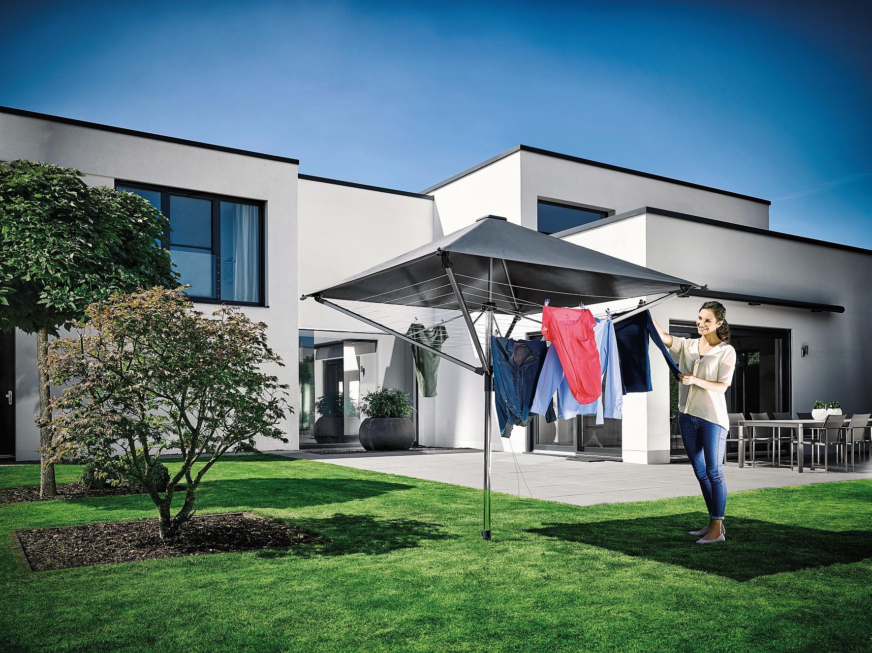 w schespinne mit dach sch tzt vor regen und uv strahlung. Black Bedroom Furniture Sets. Home Design Ideas