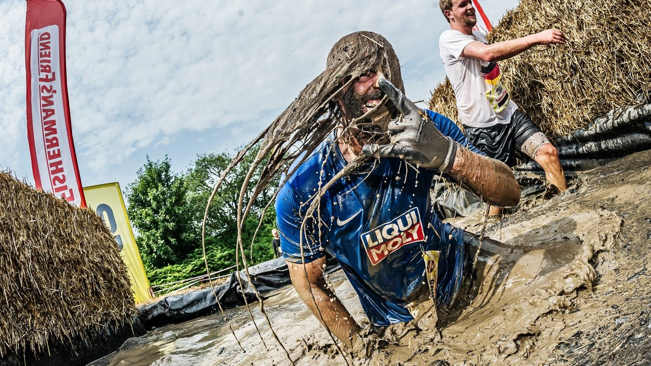Hero Momente in Wacken 3.000 Fisherman's Friend StrongmanRunner zeigen Stärke