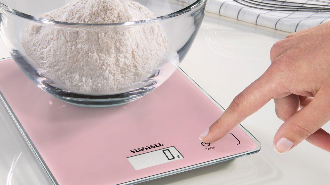 Mit Soehnle-Küchenwaagen in sanften Pastelltönen zum frischen Küchen-Look