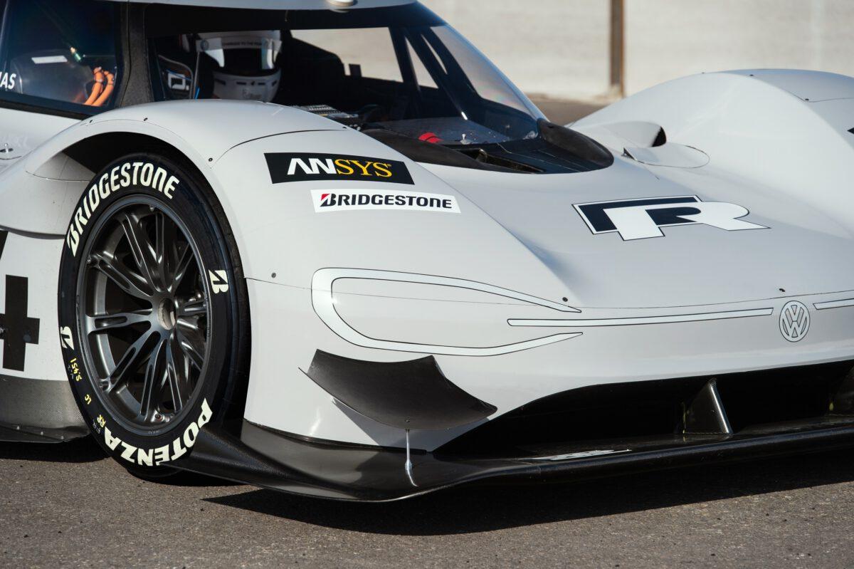 Volkswagen I.D. R auf Rekordkurs mit Bridgestone Potenza Reifen