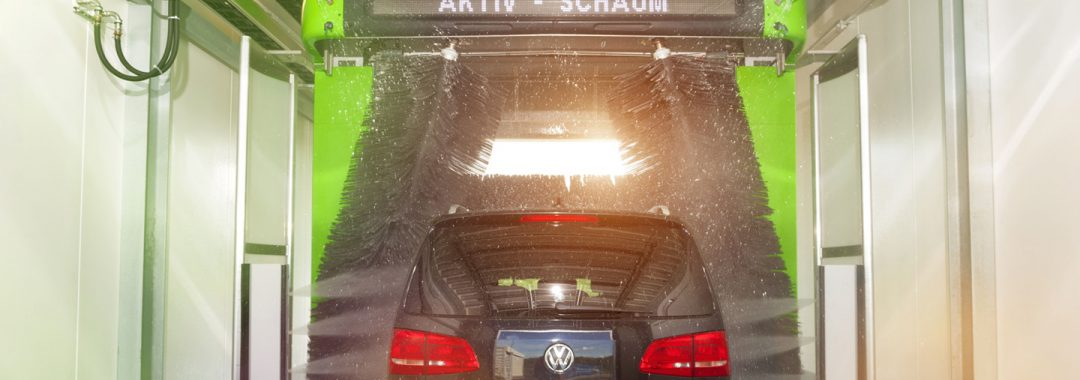 Neue HEM Studie_Jeder dritte Mann putzt lieber das Auto als die eigene Wohnung