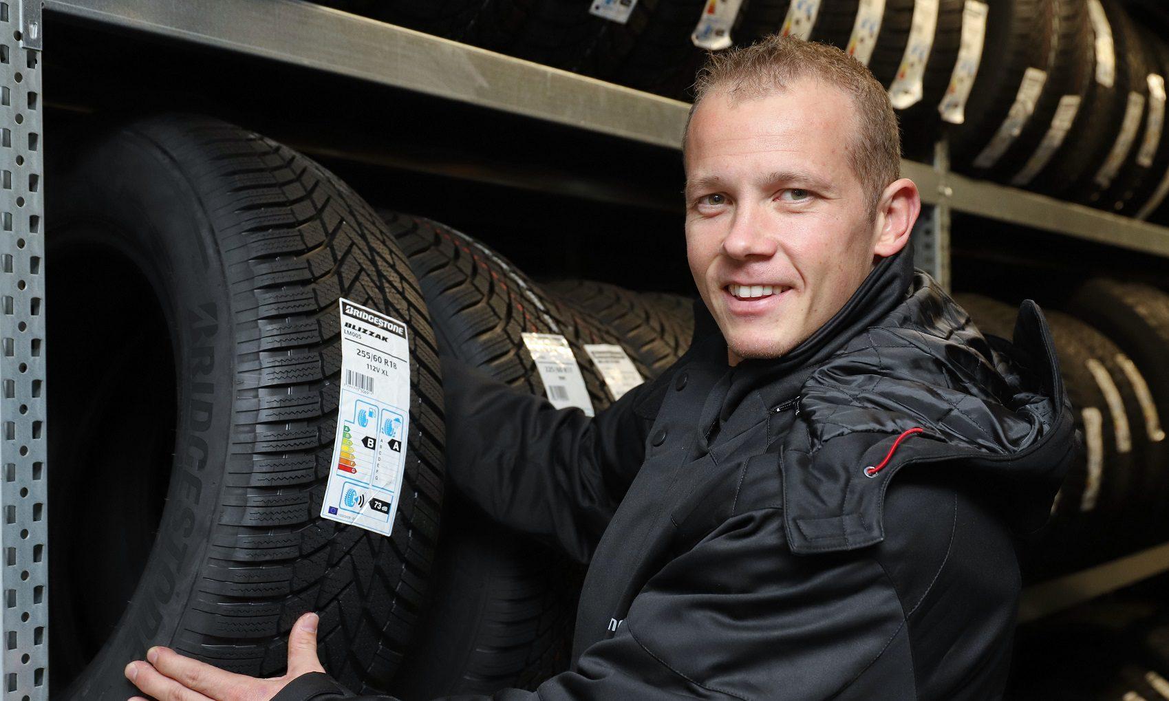 Fabian Hambüchen bei Reifen Helm in Hamburg
