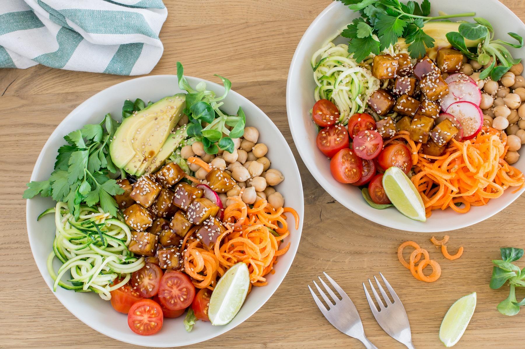 Gesund und lecker: die Teriyaki-Tofu-Bowl