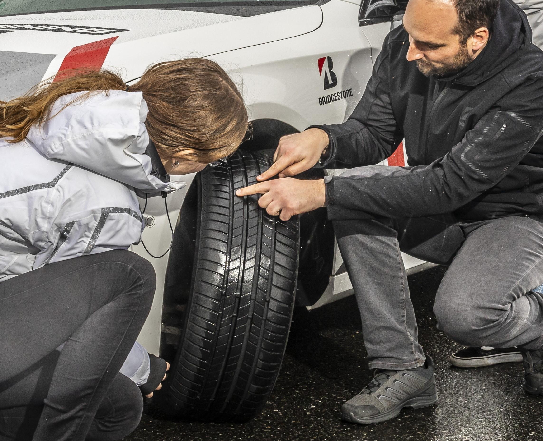 Tipps und Tricks für den saisonalen Reifenwechsel