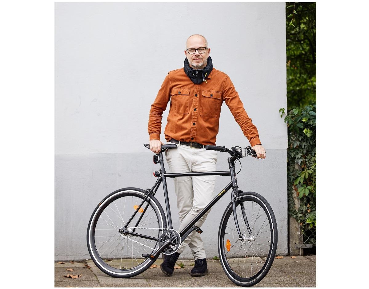 Hövding-Doku zum Airbag-Fahrradhelm